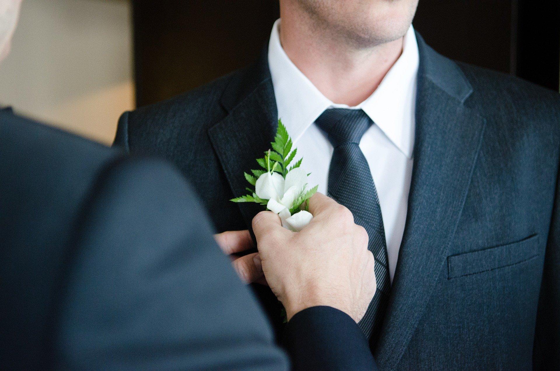 Terno do noivo: como acertar na escolha do modelo e da cor